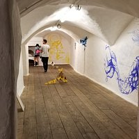 Artistic residencies and experimental exhibitions