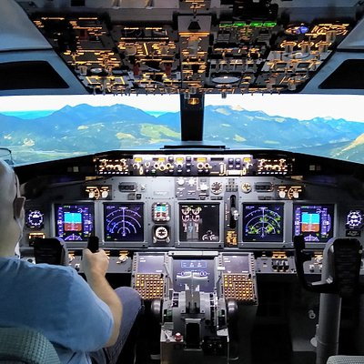 Fully functional 4k Xplane 11 visuals in our new Boeing 737 Flight Simulator