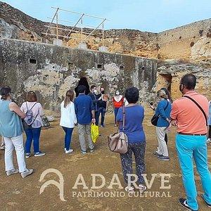 En la Necrópolis Romana (Conjunto Arqueológico de Carmona), un lugar muy especial para nosotros.