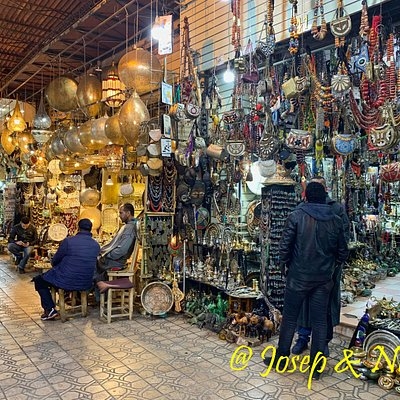 Paseando por el zoco de Marrakech