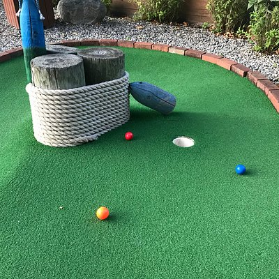 Miniature Golf Hole 1