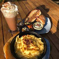 Wensleydale Macaroni Cheese, Thornton's hot beef Ciabatta and an Autumn Spiced Hot Chocolate