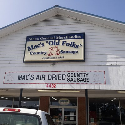 Mac's General Store and Merchandise in Dunn, North Carolina