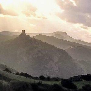 Sardegna o Terra di Mezzo?