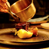 Carefully compiled menus, and tried-and-tested dishes, for a superb supper