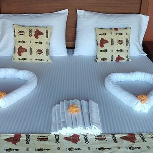 Guests have the option of a king size bed for a couple or 2 twin beds at any of our tents.