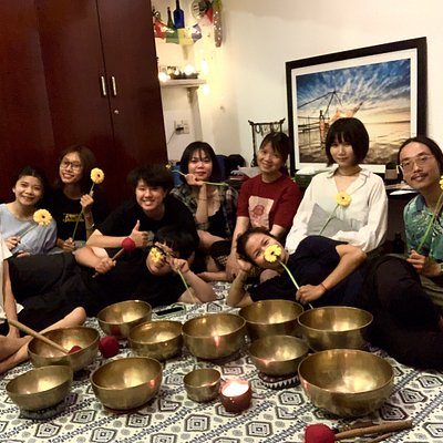 Singing bowls in saigon