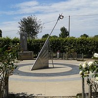 The Battle of Bosworth Memorial Sundial, built on Ambion Hill in 2010 after the actual battlefield location was discovered on private land below the hill.
