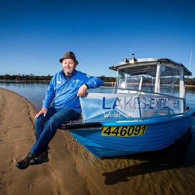 Skipper Pete with Lakes-Explorer