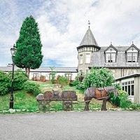 The Boat Country Inn & Restaurant