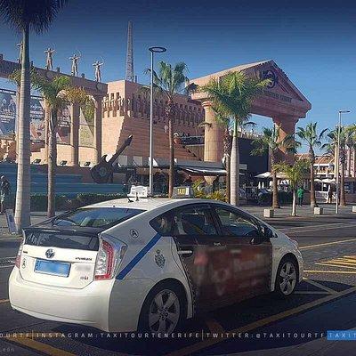 Playa de Las Américas, ruta por el sur desde Santa Cruz de Tenerife con clientes de crucero.