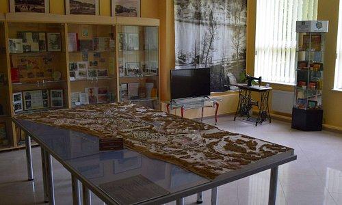 Информационно-туристический центр Светлогорска. В одном из залов центра