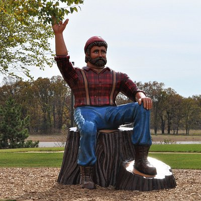 Paul Bunyan greeting you