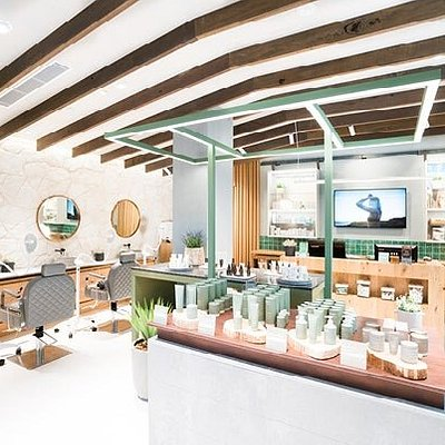Specialist retail space for all of your skincare needs.
