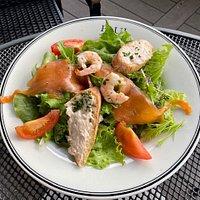 A mixed salada