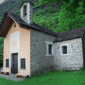 Oratorio di S. Petronilla à Biasca (Ticino)