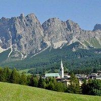Il Pomagagnon con Cortina d'Ampezzo