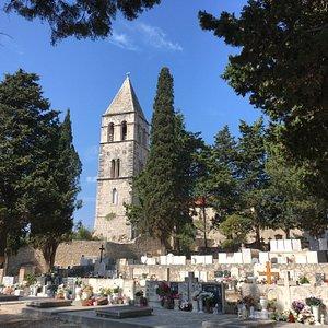 Prirovo Cemetery