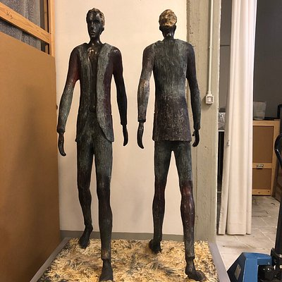 Roberto Barni, Dormice e altri artisti, in questa importante galleria di Foiano, dove potresti passarci una intera giornata senza accorgertene ... Se ami l'arte questo è il posto giusto!