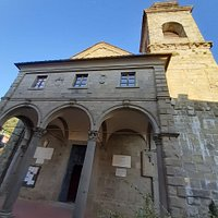 vista facciata e campanile