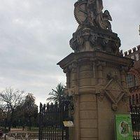 La Industria, entrada al Parc de la Ciutadella