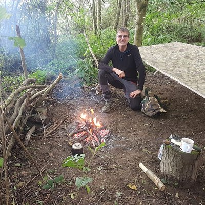 Overnight bushcraft course in the woods