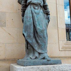 Estatuas del Palacio de la Diputación
