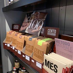 Cioccolato, caffè, miele, tisane, infusi e liquori artigianali italiani!