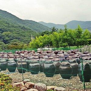 Seowoojae Village