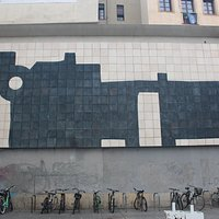 Mural G-33 De Chillida