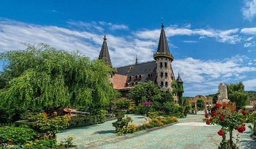 Castle_Ravadinovo