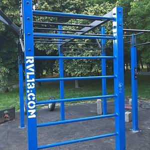 RVL13 Streetworkout Dúbravka