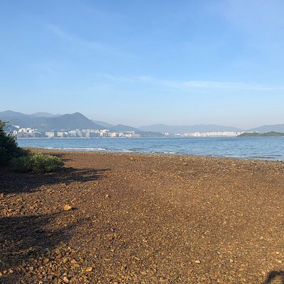 Wu Kai Sha Beach - a pebble beach in the Ma On Shan area