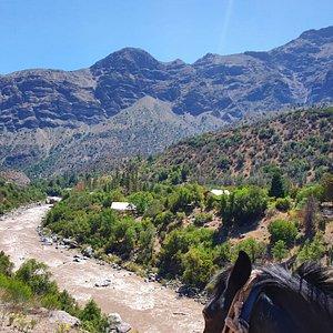 Subimos al cerro y bajamos al río