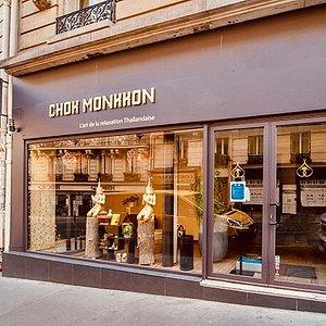 Chok Monkkon Paris vous accueil pour un moment d'évasion avec un massage Thaï à Paris 9ème.