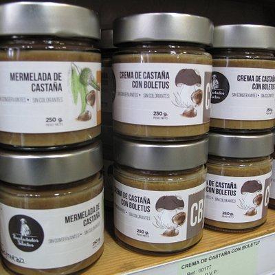 Mermeladas artesanas de castaña, setas y otras muchas variedades de nuestra propia marca, Recolectados Selectos Sierra de Aracena.