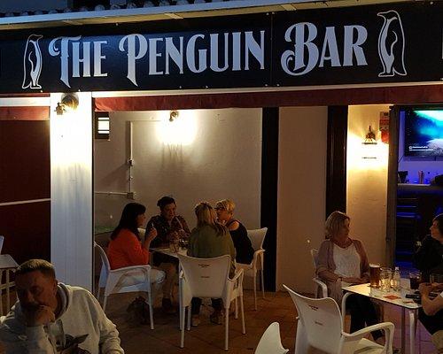 The Penguin Bar terrace, Puerto Duquesa.