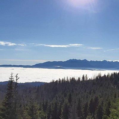 widok mowi sam za siebie,  wygląda jak zamarznięte jezioro a to chmury