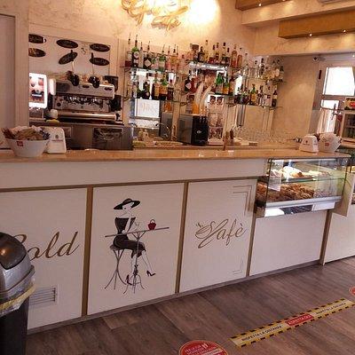 Gold Cafè