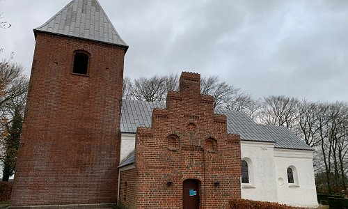 Kirken fra syd