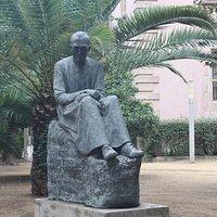 Monumento Al Beat Dr. Pere Tarrés
