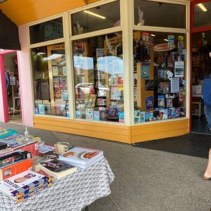 Such a great little bookshop! Loved the kids section and the new releases were up to date and on point!