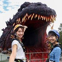 「ゴジラ迎撃作戦」内世界初!実物大ゴジラは日本屈指のフォトスポット!