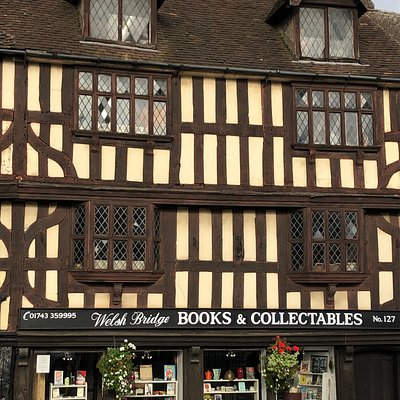 View of the front of Welsh Bridge Books & Collectables, located at 127 Frankwell, Shrewsbury, SY3 8JU