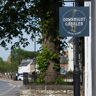Downright Gabbler is a newly renovated building dating from the early 1800s. It's a former coaching inn, now housing a special event restaurant which uses food and drink to tell the story of Scotland.