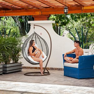 We are a wellness and relaxation Gallery