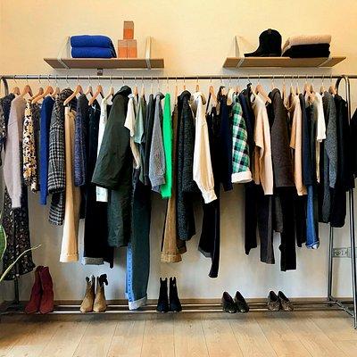 La Petite Boutique a Livourne est le seul magasin de vêtements pour femmes qui représente les meilleures marques françaises et belges qui offrent un joli mélange de modernité, d'authenticité et de créativité.