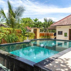 Legend Diving swimming pool
