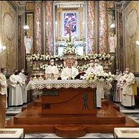 Celebrazione per l'ingresso del nuovo parroco Don Antonio Cozzolino