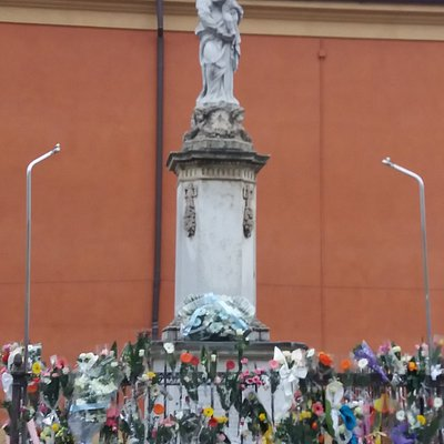 Statua della Madonna del Voto di Castelfranco Emilia